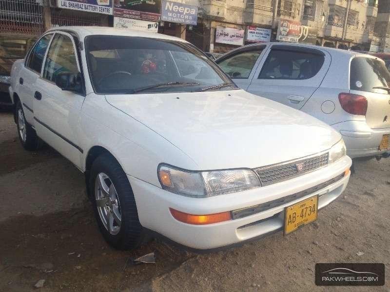 Toyota Corolla XE-G 1995 Image-3