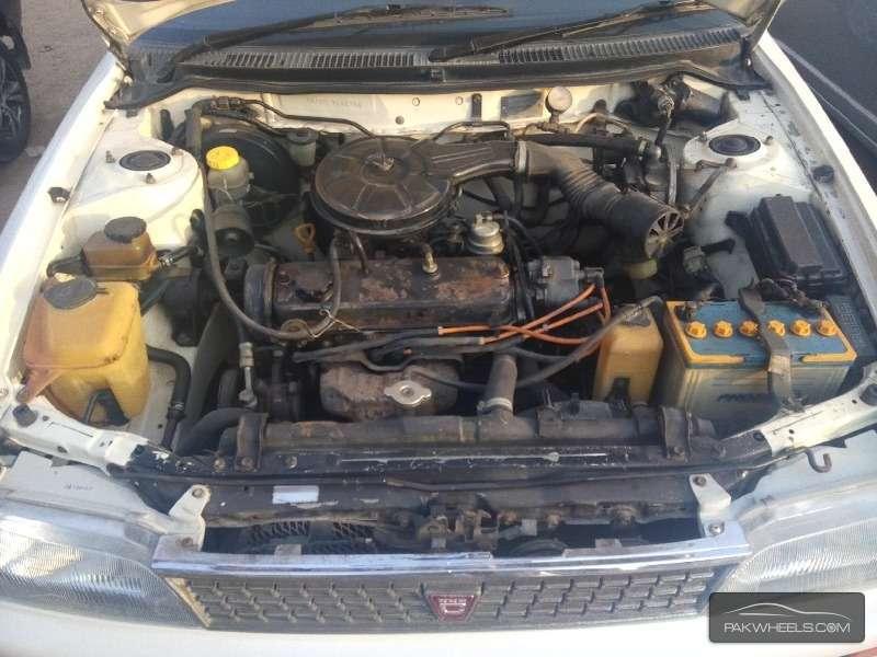 Toyota Corolla XE-G 1995 Image-8