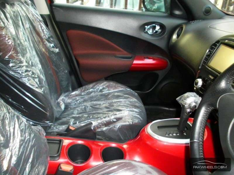 Nissan Juke 15RX 2010 Image-7
