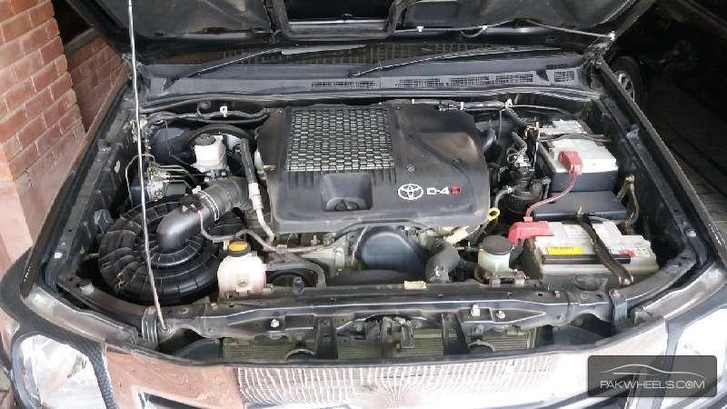 Toyota Hilux Vigo V 2011 Image-7