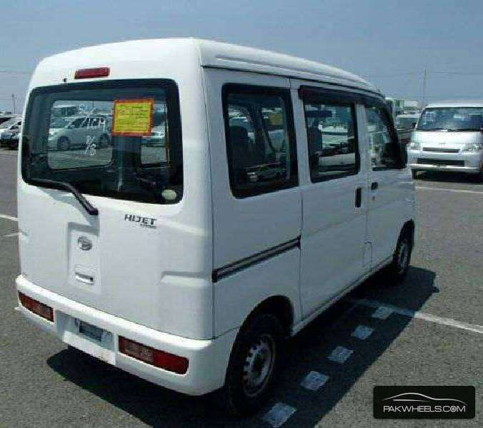 Daihatsu Hijet 2013 Image-4