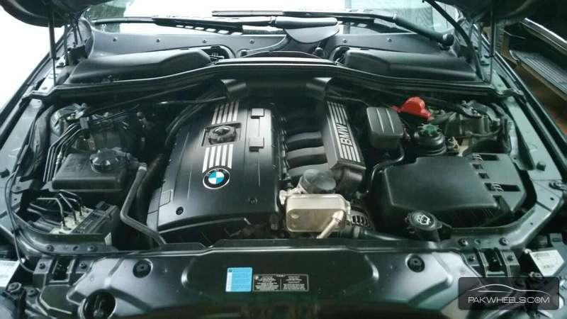BMW M Series M5 Sedan 2008 Image-7
