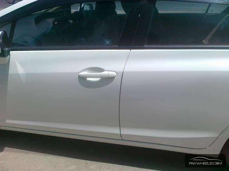 Honda Civic VTi Oriel Prosmatec 1.8 i-VTEC 2013 Image-9