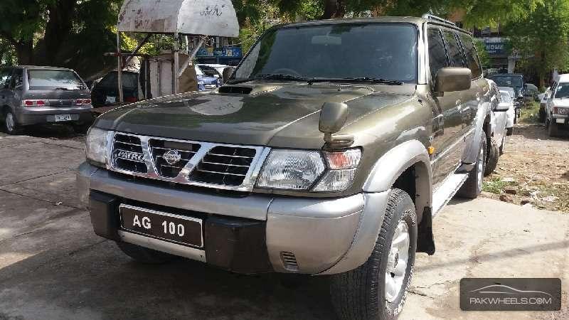 Nissan Safari 1998 Image-1