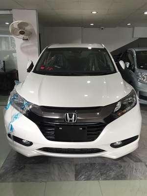 Honda Vezel Hybrid Z 2015 for Sale in Karachi