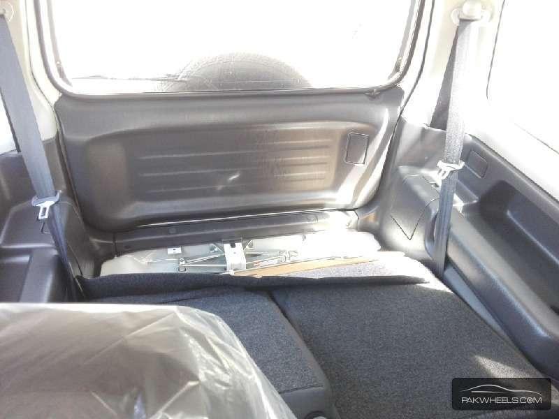 Suzuki Jimny JLX 2011 Image-5