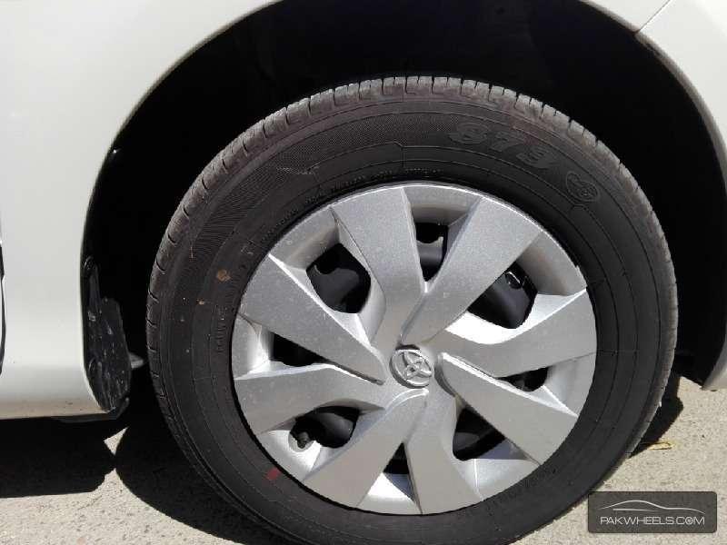 Toyota Vitz FL 1.0 2014 Image-3
