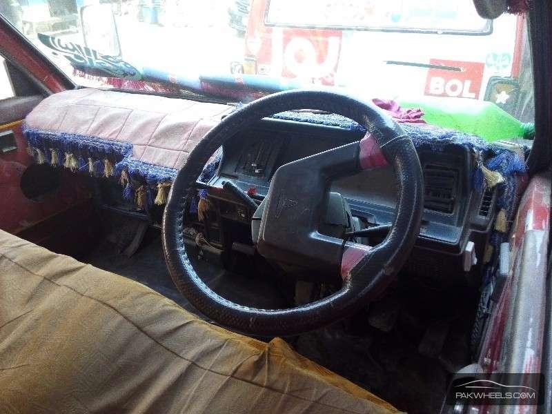 Toyota Hiace GL 1988 Image-4