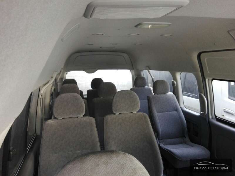 Toyota Hiace Grand Cabin 2008 Image-4