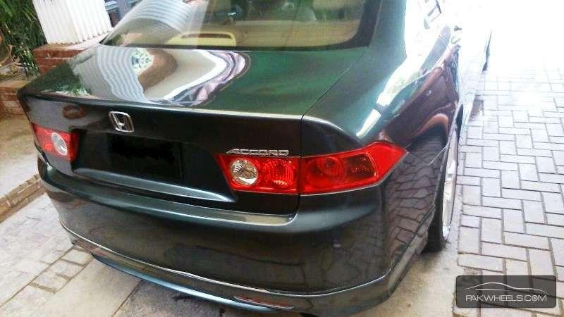 Honda Accord CL7 2004 Image-2