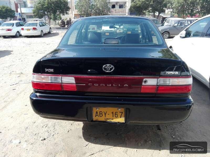 Toyota Corolla XE Limited 1998 Image-4