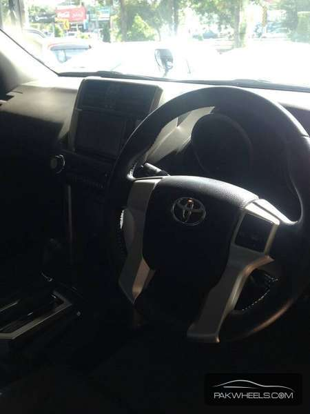Toyota Prado TX Limited 2.7 2011 Image-8