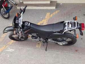 Slide_honda-crf-230l-2009-9090612