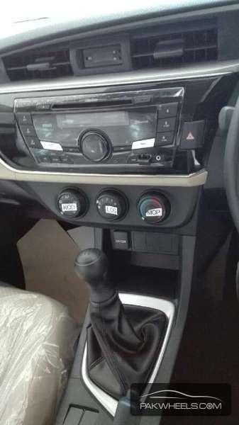 Toyota Corolla GLi Automatic 1.3 VVTi 2016 Image-10