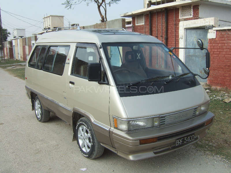 Toyota Town Ace 1986 Image-3