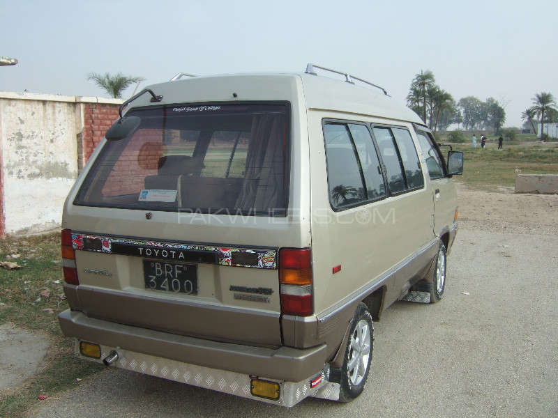 Toyota Town Ace 1986 Image-5