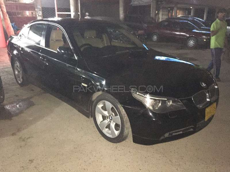 BMW 5 Series 2007 Image-2