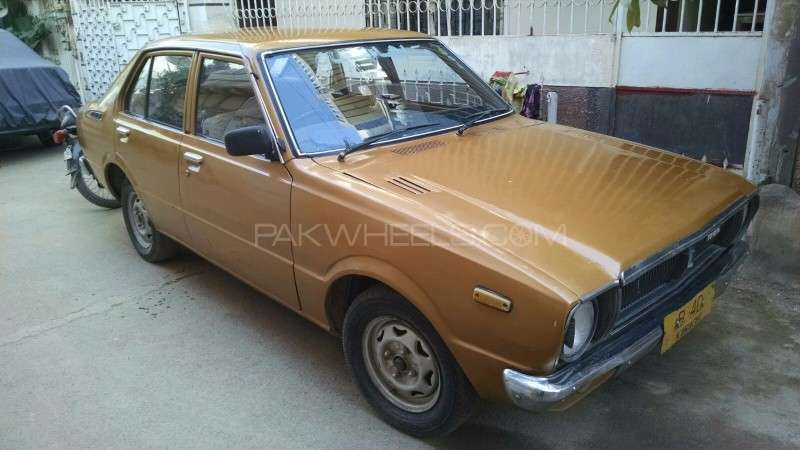 toyota corolla se saloon 1979 for sale in karachi pakwheels. Black Bedroom Furniture Sets. Home Design Ideas