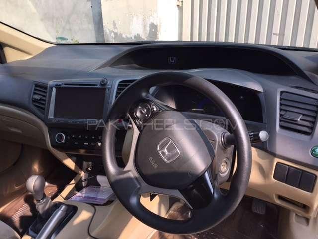 Honda Civic VTi 1.8 i-VTEC 2013 Image-3