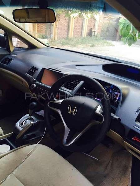 Honda Civic VTi Oriel Prosmatec 1.8 i-VTEC 2012 Image-3