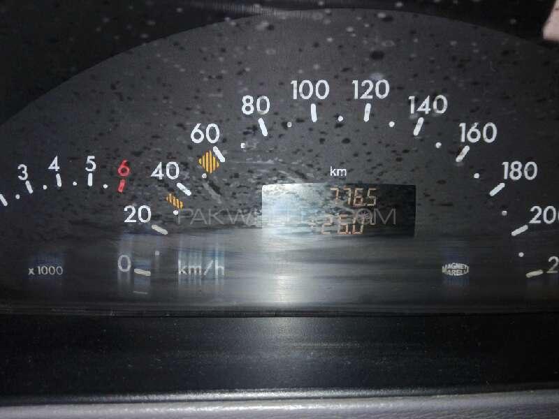Mercedes Benz A Class 2004 Image-5