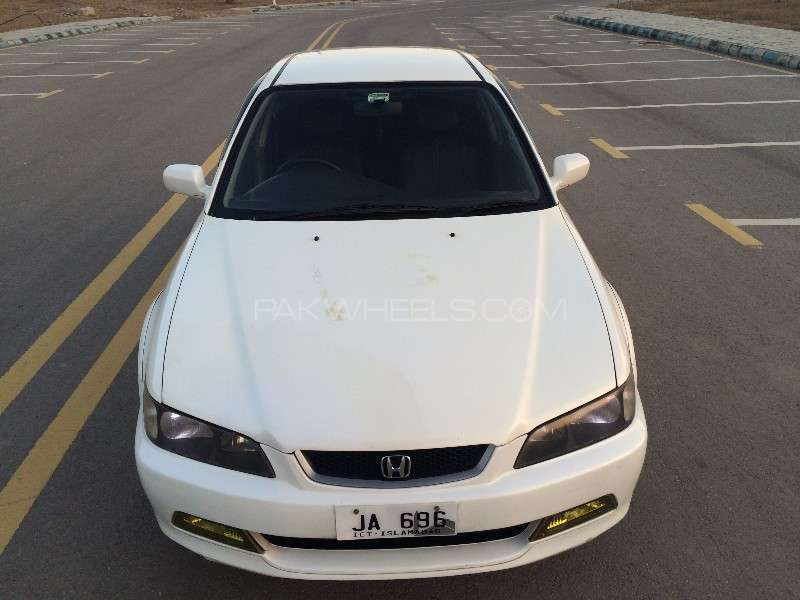 Honda Accord CF3 2002 Image-9