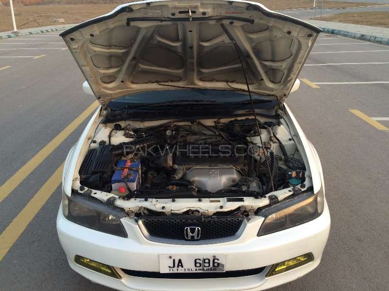 Honda Accord CF3 2002 Image-11