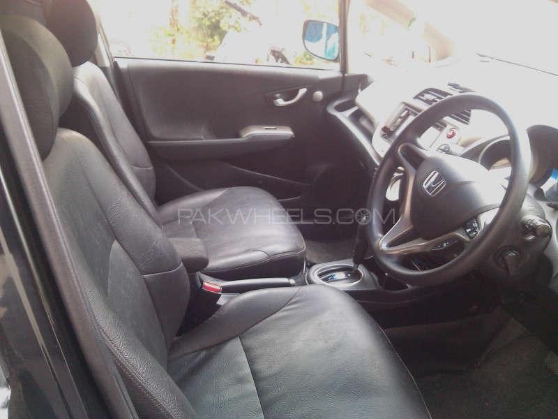 Honda Fit 2011 Image-3