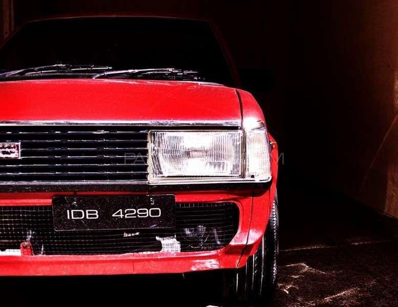 Toyota Corolla - 1982 Scarface Image-1