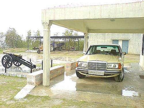 Mercedes Benz 240 Gd - 1982  Image-1