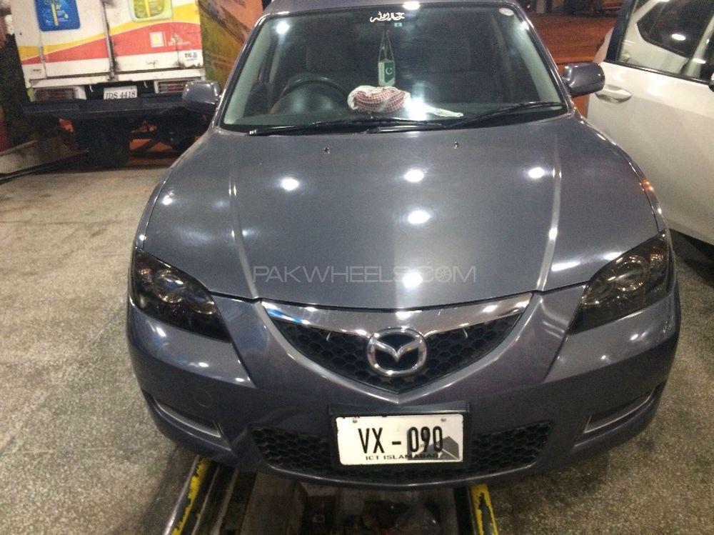 Mazda Axela - 2012  Image-1