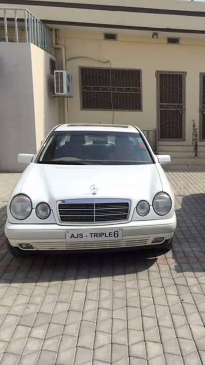 Mercedes Benz E Class - 1999  Image-1