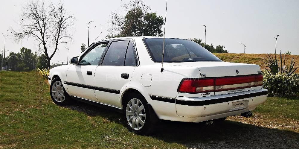 Toyota Corona - 1990  Image-1