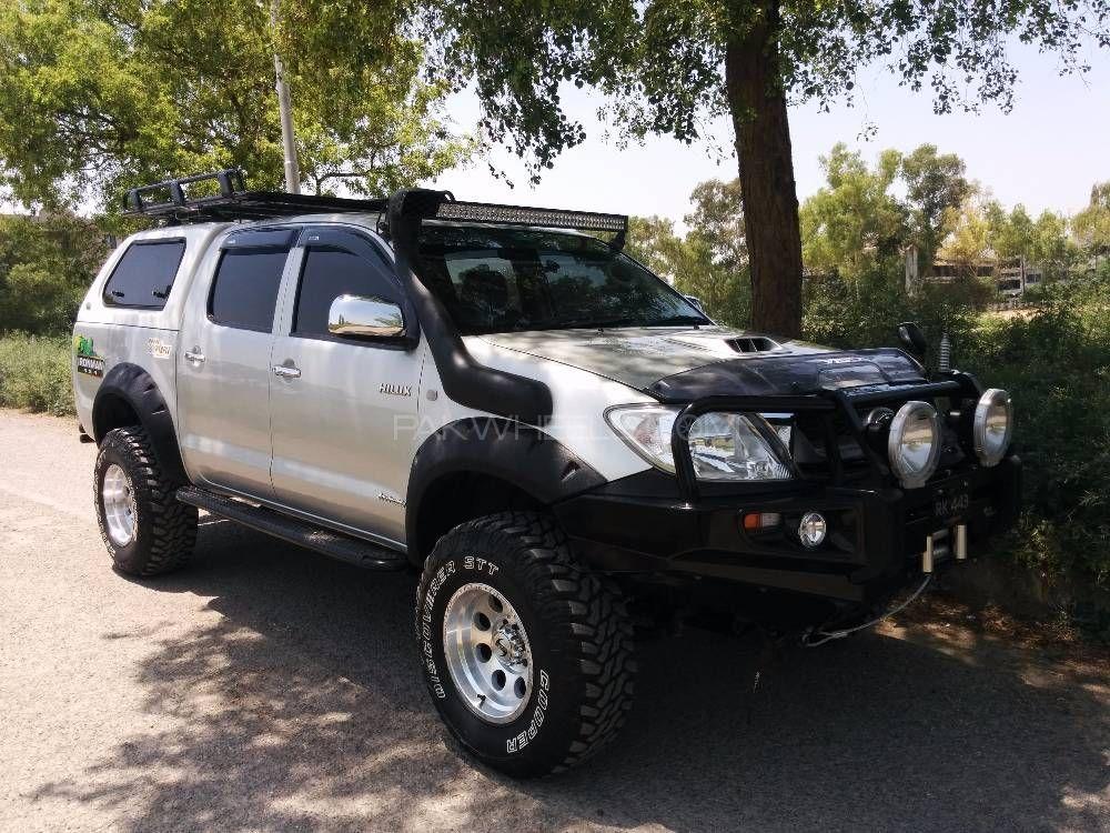 Toyota Hilux - 2009  Image-1