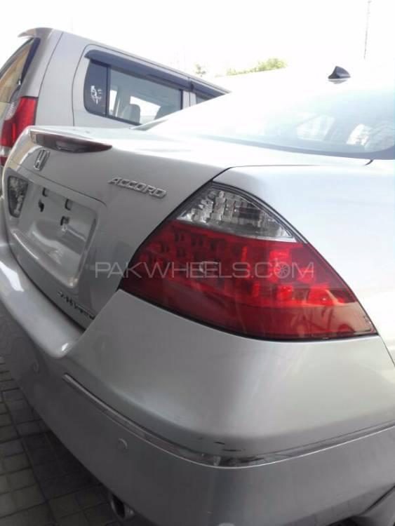 Honda Accord - 2012  Image-1