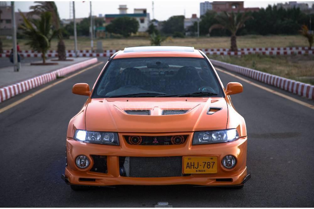 Mitsubishi Lancer Evolution - 2001  Image-1