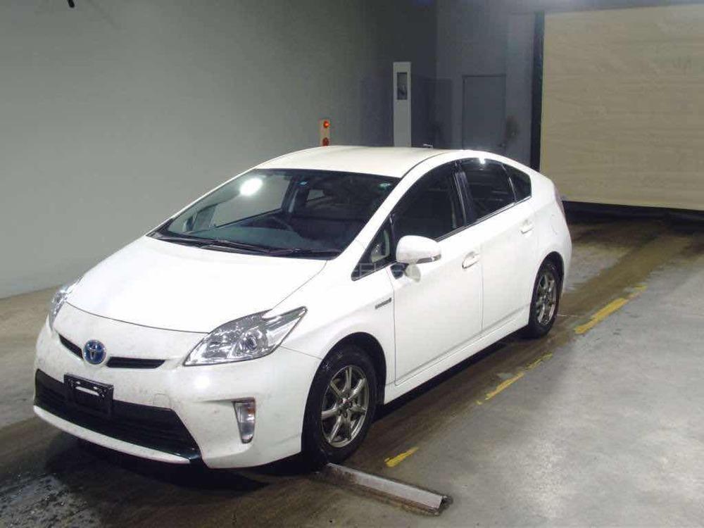 Toyota Prius - 2014 muhammad Image-1