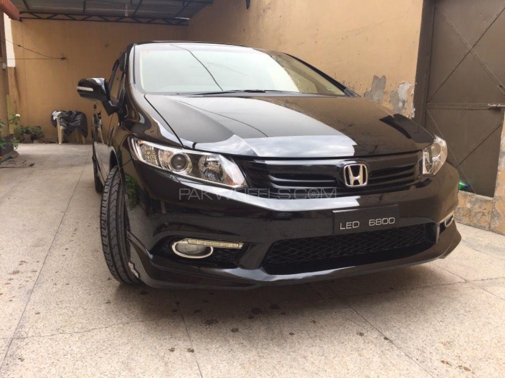 Honda Civic - 2014 Black lady  Image-1