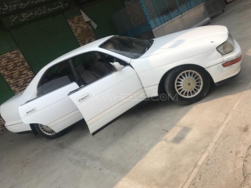 Toyota Crown - 1998 Ghoost  Image-1