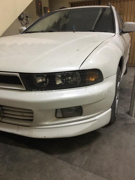 Mitsubishi Galant - 1997  Image-1