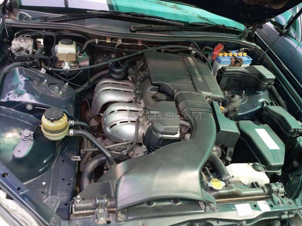 Toyota Mark II - 2001  Image-1