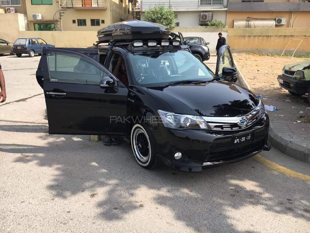 Toyota Corolla Fielder - 2015 black monster Image-1