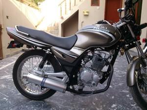 راوی پیاگیو اسٹورم 125 - 2012