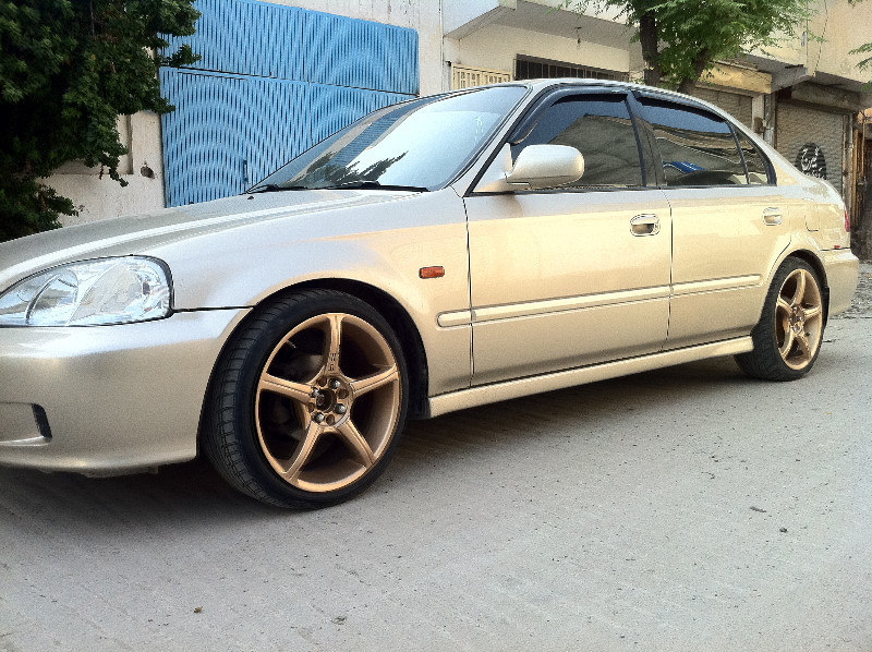 Honda Civic 2000 of mudassar abdin - 73179