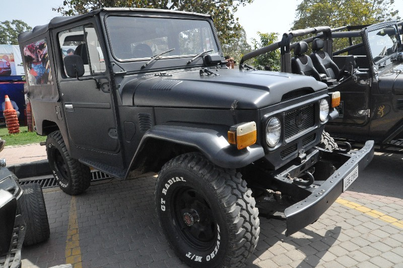 Jeep Wrangler - 2001 Wrangler Image-1