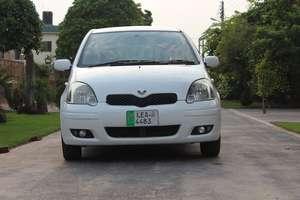 Toyota Vitz - 2004