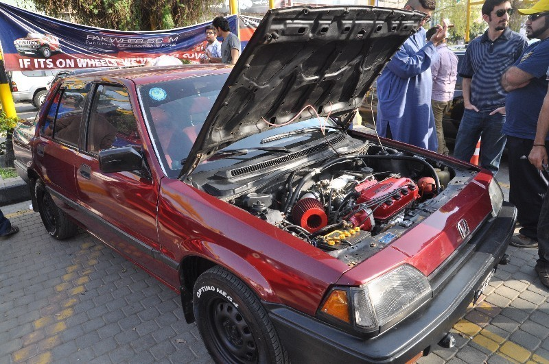 Honda Civic - 1984 Big Red Image-1