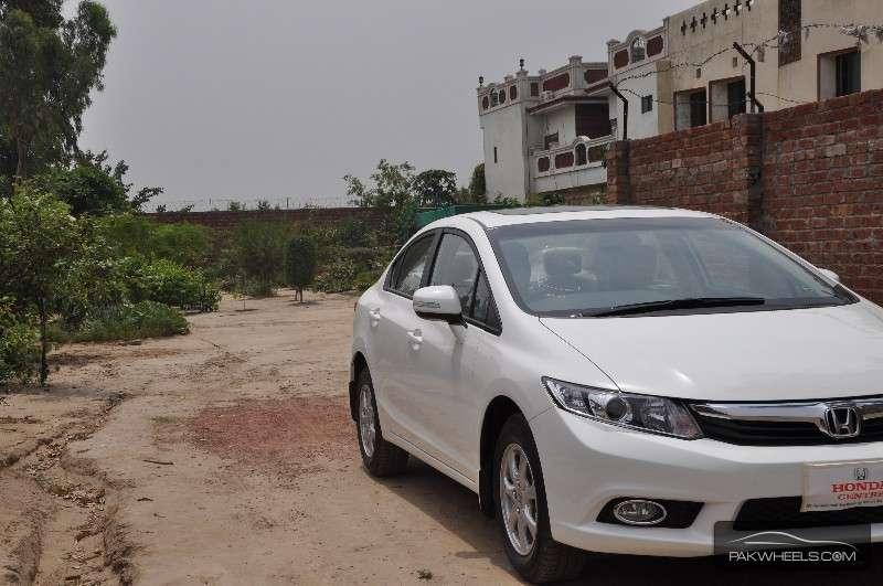 Honda Civic - 2014 Tariq Image-1