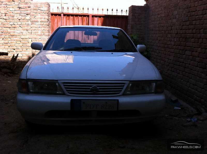 Nissan Sunny - 1997  Image-1