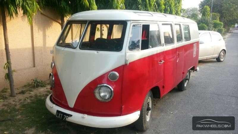 Volkswagen Micro Bus 1962 of SmArTeEeE - Member Ride 21172 ...